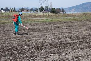 今年もふれあい農園が始動!まずは土づくり・・・