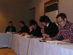 青壮年部と常勤理事との懇談会(12月17日)
